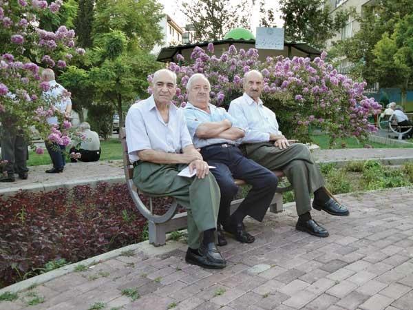 ۵۸درصد سالمندان زندگی انفرادی دارند