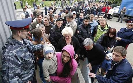 بیش از ۳۰۰ هزار نفر در اوکراین بیخانمان شدهاند