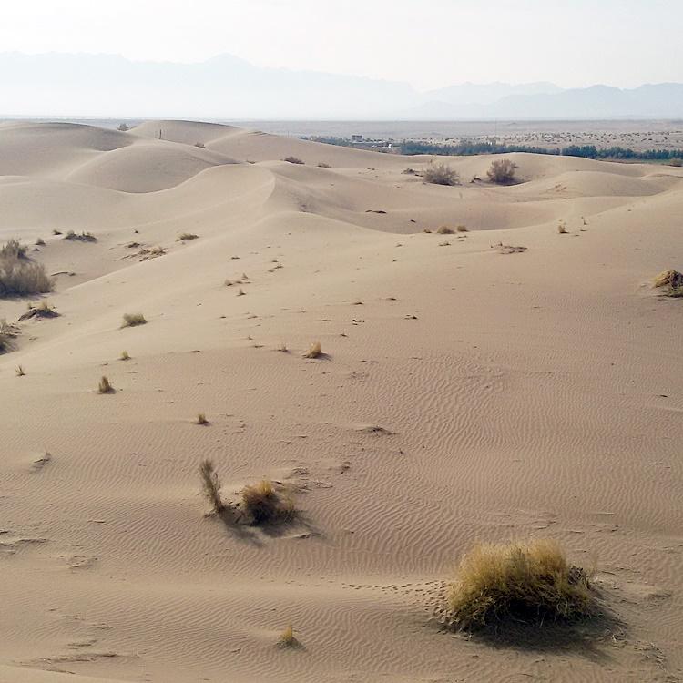 کویر مصر، سرزمین تپههای لغزان