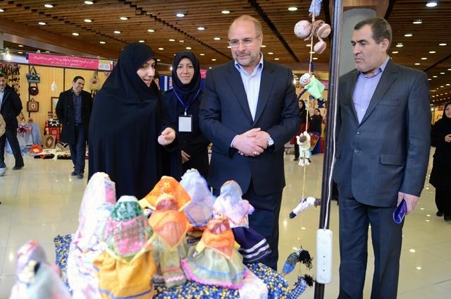 بازدید شهردار تهران از سومین جشنواره تسنیم