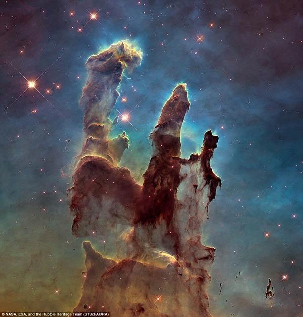 ستونهای خلقت