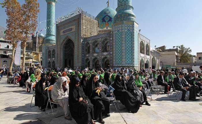 اجتماع بزرگ سادات علوی در امامزاده صالح برگزار شد/ بازسازی صحنه غدیر خم