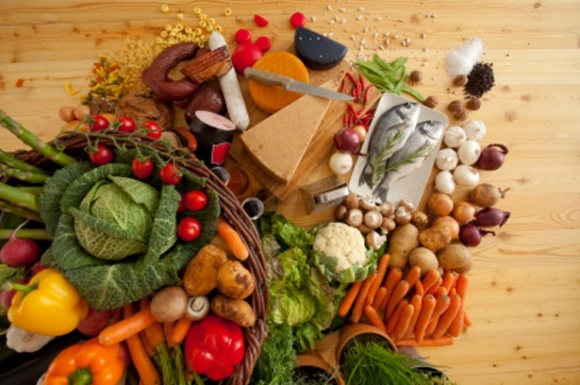 آشنایی با ۸ ماده غذایی برای سلامت چشم