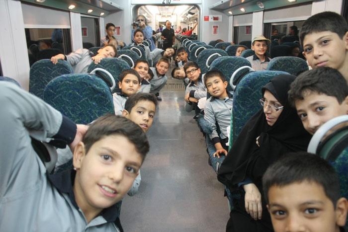 سفری با قطار کودکی