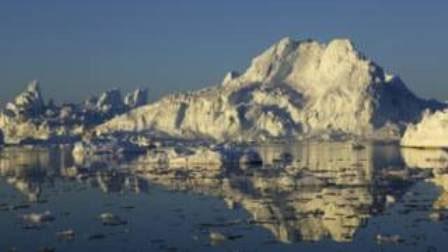 آب شدن یخچال طبیعی زکریا ایستروم سطح دریاها را تا نیم متر بالا میآورد