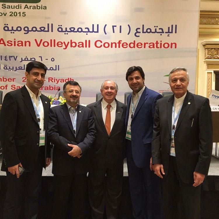 داورزنی عضویت در هیات رئیسه FIVB را بر ریاست آسیای مرکزی ترجیح داد