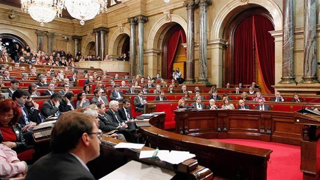 رای مثبت پارلمان کاتالونیا برای آغاز روند جدایی از اسپانیا