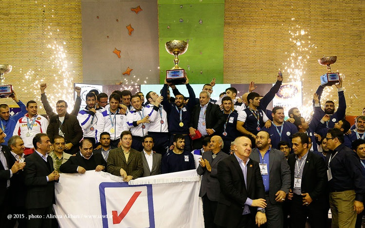 بیمه رازی قهرمان کشتی فرنگی جام باشگاههای جهان شد