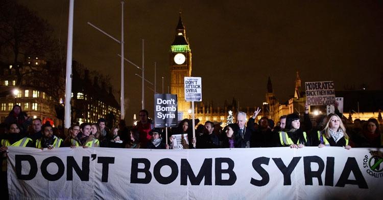 تظاهرات در لندن علیه طرح کامرون | سوریه را بمباران نکنید