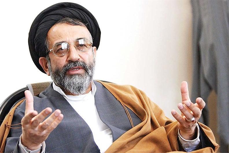 حمله به سخنرانی موسوی لاری در دانشگاه یزد