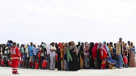 شمار پناهجویان و مهاجران به اروپا از مرز یک میلیون نفر گذشت