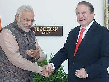 هدیه تولد نخست وزیر پاکستان از آسمان رسید