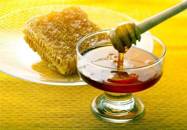 اثرات درمانی عسل در سرفه کودکان بالای یک سال