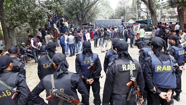 تشدید بحران در بنگلادش؛ رییس شبکه اصلی تلویزیون بازداشت شد