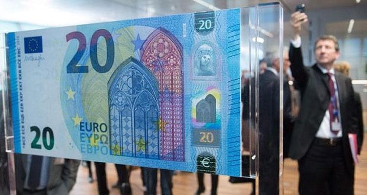 طرح تازه اسکناس ۲۰ یوورویی به نمایش در آمد