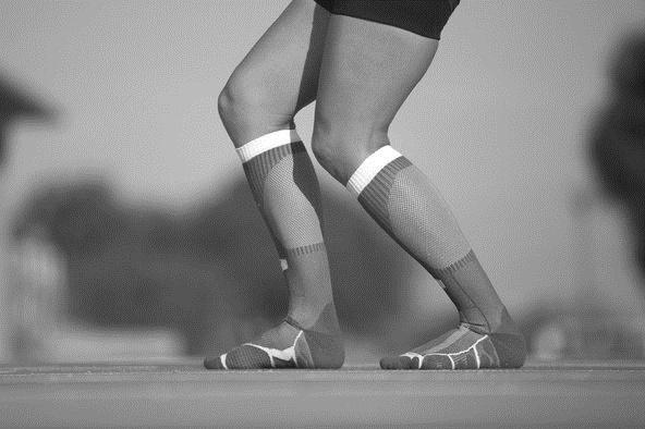 آیا لباسهای چسبان کارایی ورزشی را افزایش میدهند؟