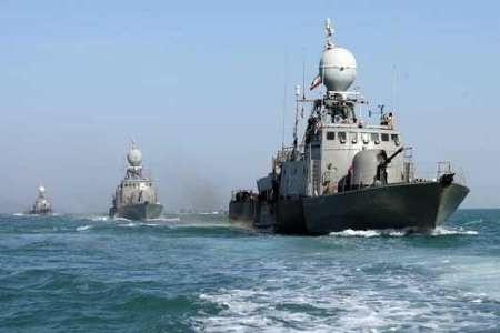 نیروی دریایی دو فروند نفتکش را از چنگ دزدان دریایی نجات داد