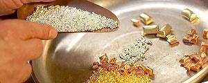 قیمت روز فلزات گرانبها در بازارهای آسیا؛ گزارش بلومبرگ