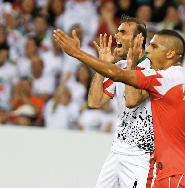امارات میزبانی ایران را مال خود کرد!