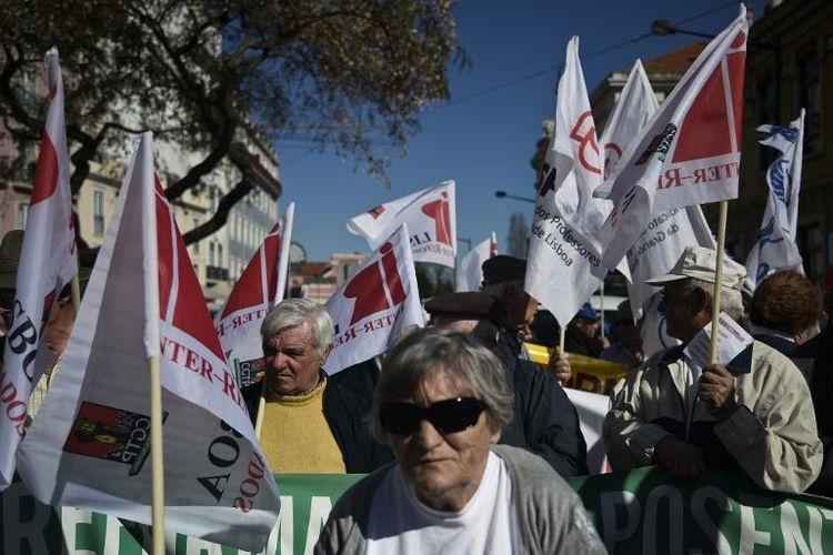 هزاران پرتغالی علیه تدابیر ریاضتی دولت تظاهرات کردند