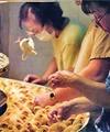 حرفه؛ جداکننده مرغ و خروس