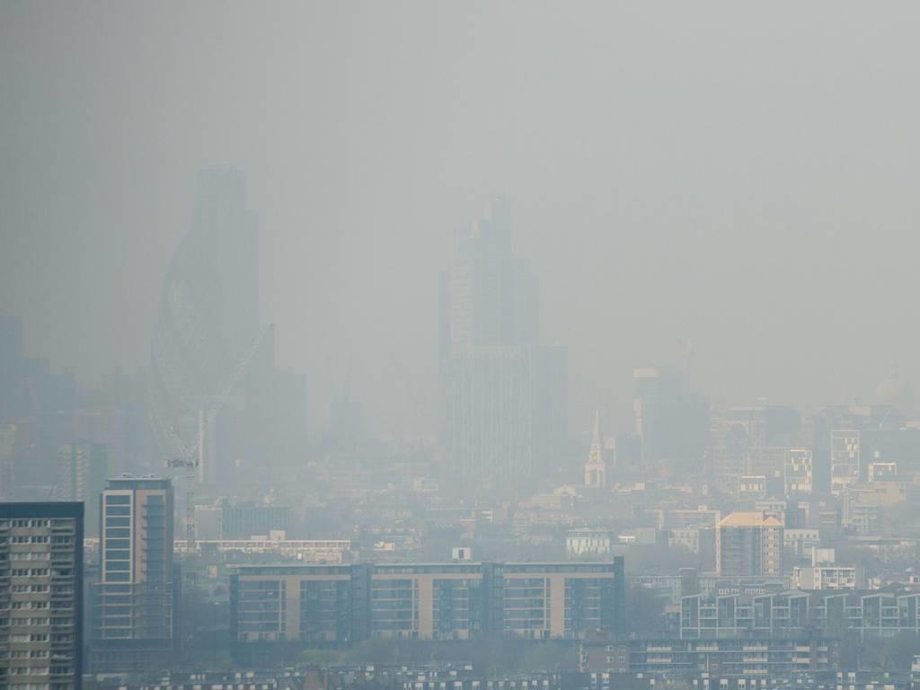 آلودگی کم سابقه هوا در لندن و جنوب انگلیس