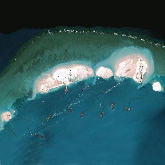 ساخت جزایر مصنوعی با سرعتی حیرتانگیز در چین