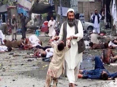 گروه تروریستی داعش مسئولیت انفجارهای مرگبار افغانستان را به عهده گرفت