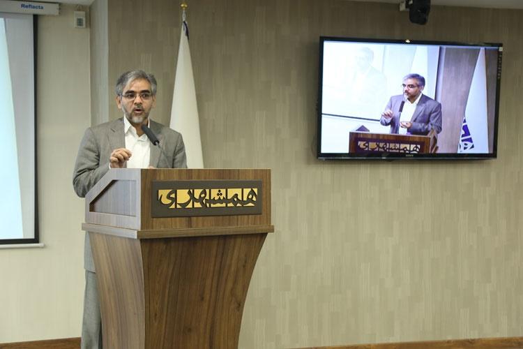 دیدار و تبادل نظر دکتر قالیباف با روزنامهنگاران موسسه همشهری