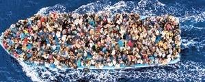 مرگ ۷۰۰ مهاجر در آبهای مدیترانه