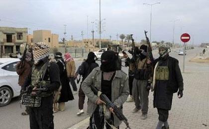گردانهای مرگ داعش در راه قفقاز / برافراشته شدن پرچم سیاه داعش در بخارا