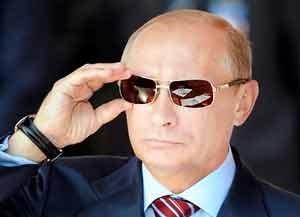 """پوتین قانون جنجالی سازمانهای مردم نهاد """"نامطلوب"""" را تایید کرد"""