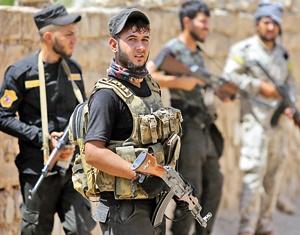 با همراه شدن نیروهای شیعی حشد شعبی با ارتش عراق عملیات آزادسازی رمادی آغاز شد.