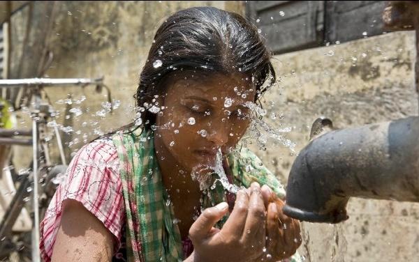 گرمای هندوستان جان بیش از هزار نفر را گرفت