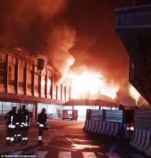 آتش سوزی در فرودگاه رم؛ ۵۰ درصد پروازها لغو شد