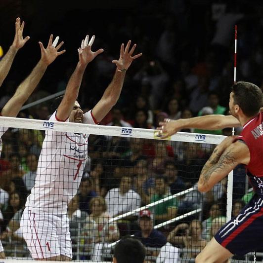 آمریکا در دومین رویارویی با ایران در لیگ جهانی والیبال به برتری رسید