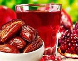 قلبی سالم با روزانه ۳ عدد خرما و یک فنجان آب انار
