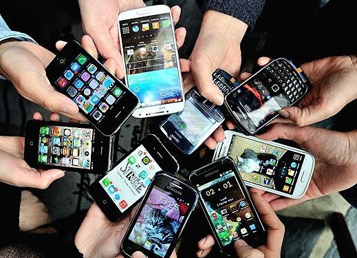 زمان تلف شده هر فرد در ماه برای تلفن همراه چقدر است؟