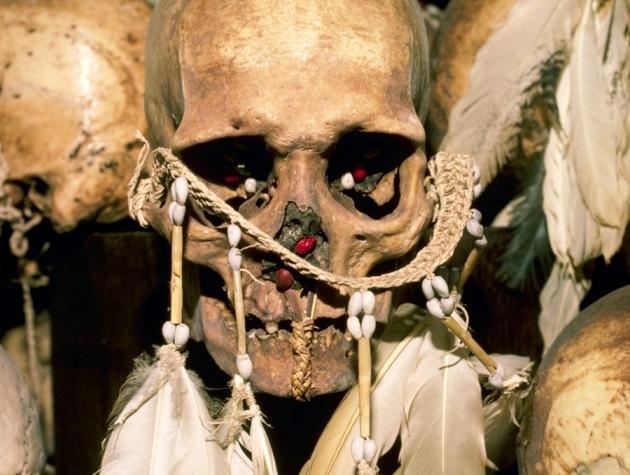 قبیله آدمخواران به بیماری مرگبار مغزی مقاوم شدهاند