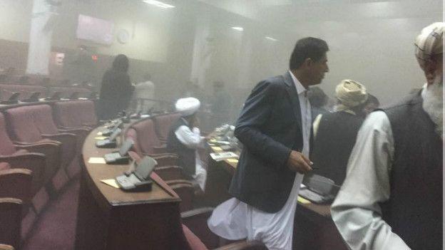 حمله به پارلمان افغانستان،۷ مهاجم انتحاری کشته شدند