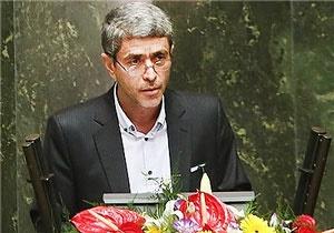 وزیر اقتصاد: یک سوم معوقات بانکی در اختیار ۵۷۵ نفر است