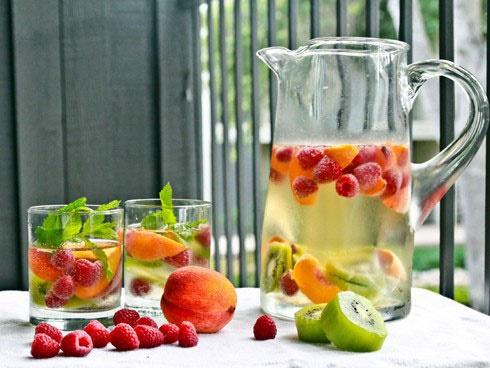 آبهای ویتامینه برای رفع عطش