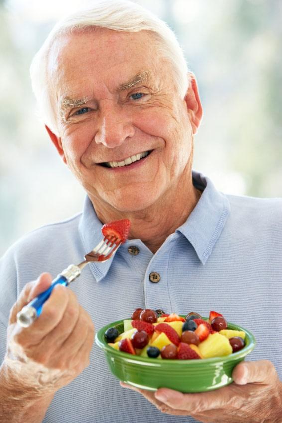 بایدها و نبایدهای تغذیهای در سالمندان