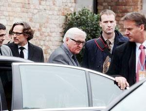 وزیر خارجه آلمان مجددا به محل مذاکرات بازگشت