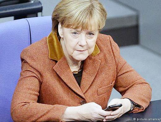 استفاده مقامات آلمانی از تلفن یکبار مصرف در سفرهای خارجی