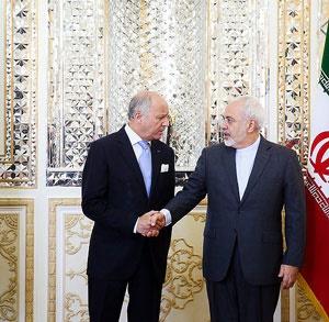 ظریف: امیدوارم سوءتفاهمها رفع شود / فابیوس: در گفتگوها سرسختی نمیکردیم