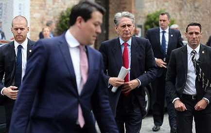 وزیرخارجه انگلیس هم به کوبورگ آمد