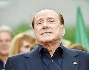 برلوسکونی به اتهام فساد به ۳ سال حبس محکوم شد
