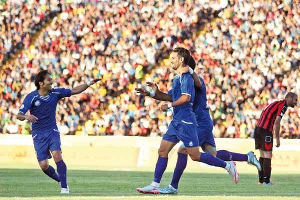 فوتبال-استقلال