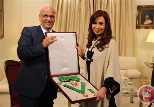 اعطای بالاترین نشان فلسطین به رئیسجمهور آرژانتین